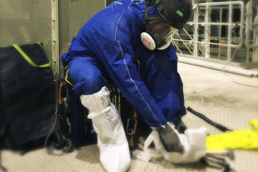 Arbeitssicherheit Schutzausrüstung PSAgA